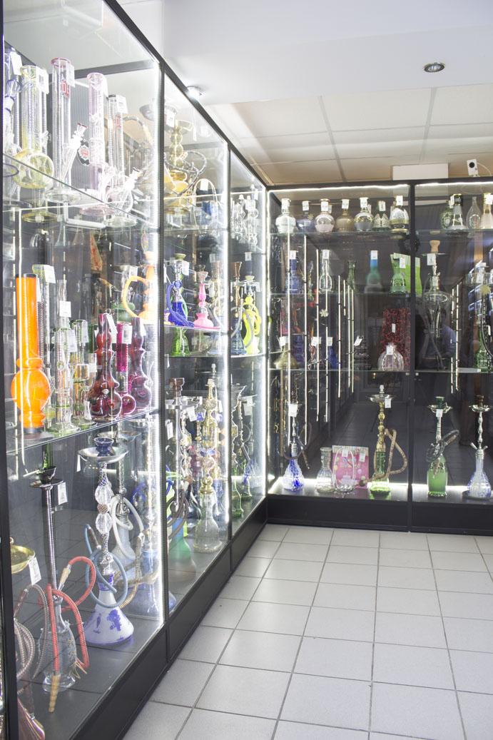 Магазин Кальянов в Новосибирске ул. Галущака, 2, цоколь витрина 2