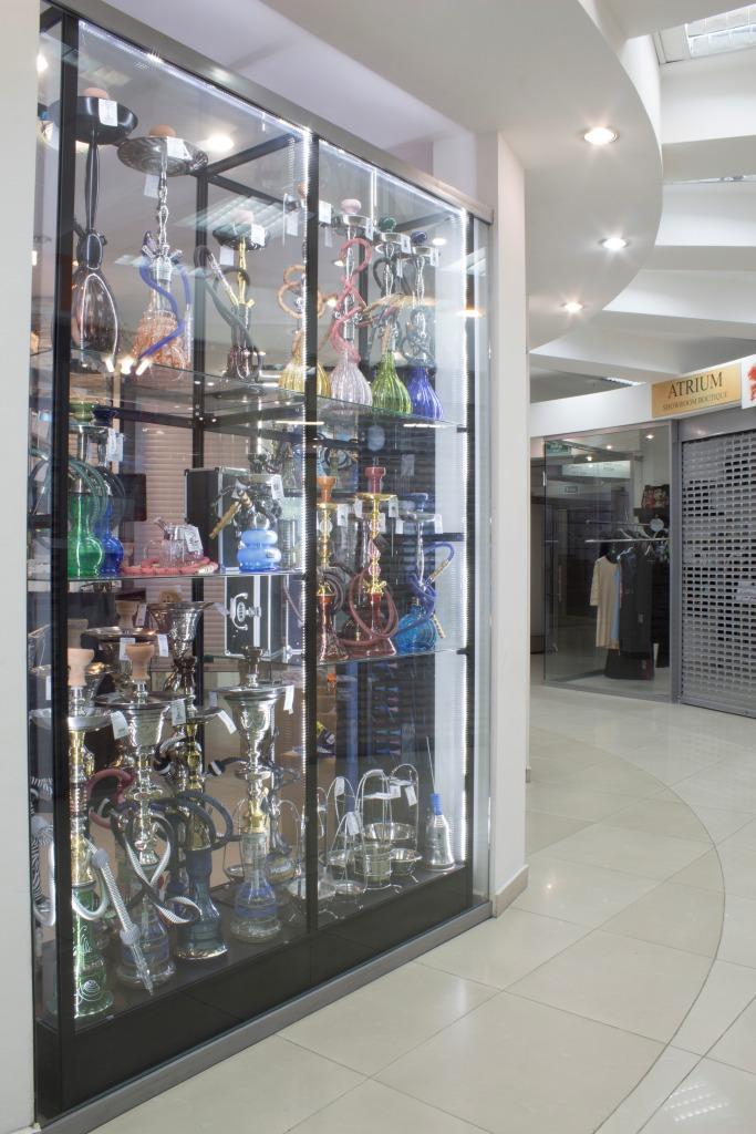 Магазин Кальянов в Новосибирске в ТЦ Виндзор Вокзальная магистраль 5/1 витрина2